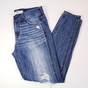 Hollister Distressed Ankle Jeans size 25
